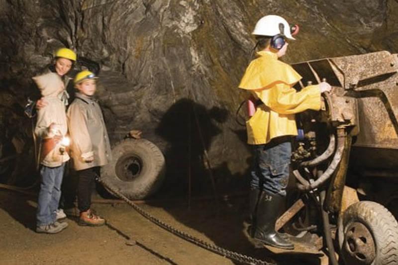 Visite per le scuole - Miniere Turistiche di Saint Marcel